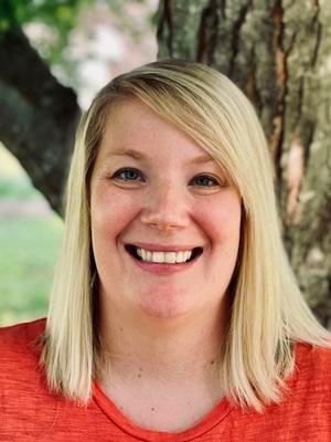 Kelly DeWolf